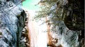 Mavi Göl, 300 Bin  Turistle Rekor Kırdı