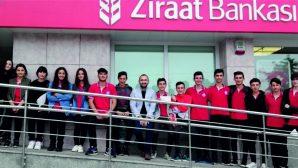 Öğrencilerden Mehmetçik Vakfına destek